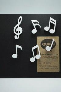Muzieknoten magneten Memody - set van 6 sterke witte magneten